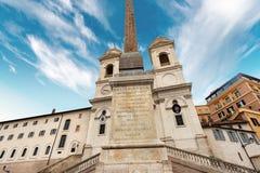 Εκκλησία Monti dei Trinita στο ύφος αναγέννησης - Ρώμη Ιταλία στοκ εικόνα