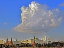 Εκκλησίες της Μόσχας Κρεμλίνο το καλοκαίρι Στοκ εικόνες με δικαίωμα ελεύθερης χρήσης