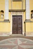 Εκκλησία Βαρέζε της Ιταλίας το παλαιό arno ημέρας πορτών solbiate Στοκ φωτογραφίες με δικαίωμα ελεύθερης χρήσης