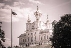 Εκκλησία δικαστηρίου του μεγάλου παλατιού, Peterhof Στοκ Εικόνες