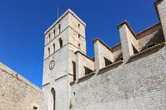 Εκκλησία καθεδρικών ναών της Σάντα Μαρία από το ibiza Castle Στοκ Φωτογραφία