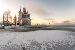 Εκκλησία και πάγος Στοκ Φωτογραφίες