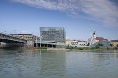 Εκκλησία κοινοτήτων και το κέντρο ARS Electronica Στοκ εικόνες με δικαίωμα ελεύθερης χρήσης