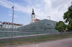 Εκκλησία κοινοτήτων και το κέντρο ARS Electronica Στοκ φωτογραφία με δικαίωμα ελεύθερης χρήσης