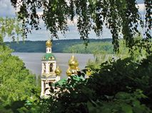 εκκλησία κοντά στον ποτα Στοκ Εικόνα