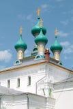 Εκκλησία στο ρωσικό ύφος αρχιτεκτονικής αναγέννησης Στοκ εικόνες με δικαίωμα ελεύθερης χρήσης