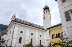 Εκκλησία της Ιταλίας trentino Brunico SAN Candido Στοκ εικόνες με δικαίωμα ελεύθερης χρήσης