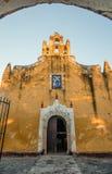 Εκκλησία της Σάντα Άννα στο Βαγιαδολίδ, Yucatan, Μεξικό Στοκ φωτογραφία με δικαίωμα ελεύθερης χρήσης