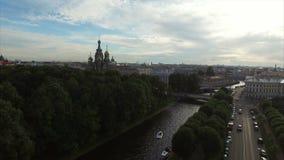 Εκκλησία του Savior στο αίμα στην κεραία Άγιος-Πετρούπολη απόθεμα βίντεο