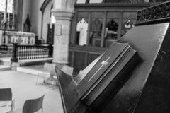 Εκκλησία του ST John η βαπτιστική Βίβλος Lectern Στοκ φωτογραφίες με δικαίωμα ελεύθερης χρήσης