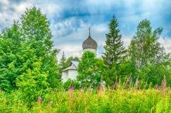 Εκκλησία Annunciation σε Arkazhi ή η εκκλησία Annunciation στη λίμνη Myachino σε Veliky Novgorod, Ρωσία Στοκ φωτογραφία με δικαίωμα ελεύθερης χρήσης