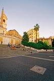 Εκκλησία Monti dei Trinita και αιγυπτιακός οβελίσκος στα ισπανικά βήματα Στοκ Εικόνες