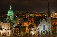 Εκκλησίες τη νύχτα στοκ εικόνα