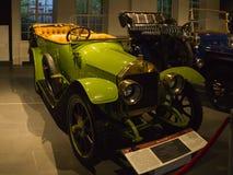 Εκλεκτής ποιότητας αναδρομικό Benz αυτοκινήτων 818 HP στο μουσείο στοκ εικόνα με δικαίωμα ελεύθερης χρήσης
