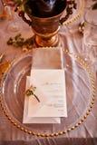 Εκλεκτής ποιότητας γαμήλιο ντεκόρ Όμορφος τόπος συναντήσεως γεγονότος Δημιουργική διακόσμηση Ρόδινο και χρυσό χρώμα Επιλογές γαμή στοκ εικόνα με δικαίωμα ελεύθερης χρήσης