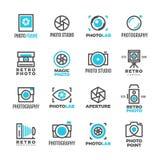 Εκλεκτής ποιότητας διανυσματικές ετικέτες στούντιο γαμήλιας φωτογραφίας με το σύμβολο καμερών απεικόνιση αποθεμάτων