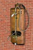 Εκλεκτής ποιότητας θερμοσίφωνας αερίου με το ντους στοκ φωτογραφία με δικαίωμα ελεύθερης χρήσης
