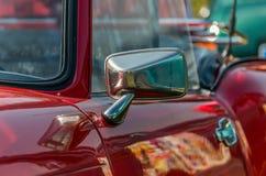 Εκλεκτής ποιότητας μετατρέψιμος στενός επάνω καθρεφτών αυτοκινήτων Στοκ εικόνες με δικαίωμα ελεύθερης χρήσης