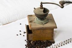 Εκλεκτής ποιότητας μηχανή καφέ Στοκ Εικόνες