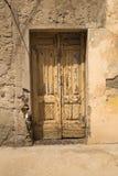 Εκλεκτής ποιότητας ξύλινη πόρτα Στοκ Φωτογραφίες