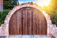 Εκλεκτής ποιότητας ξύλινη πύλη Στοκ Εικόνα