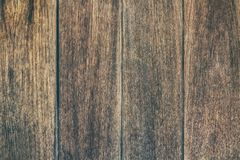 Εκλεκτής ποιότητας ξύλινος πίνακας επιφάνειας και αγροτικό υπόβαθρο σύστασης σιταριού στοκ εικόνα