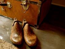 Εκλεκτής ποιότητας ξύλινο φορείο παπουτσιών ή δέντρο παπουτσιών στοκ εικόνες