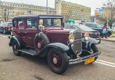 Εκλεκτής ποιότητας οδήγηση αυτοκινήτων στην παρέλαση στοκ φωτογραφία με δικαίωμα ελεύθερης χρήσης