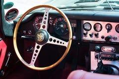Εκλεκτής ποιότητας τύπος 4 ιαγουάρων Ε αυτοκινήτων 2 μετατρέψιμος oldsmobile παλαίμαχος Στοκ Εικόνα