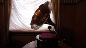 Εκλεκτής ποιότητας gramophone ενός αρχαίου κάστρου ως εσωτερικό σχέδιο απόθεμα βίντεο