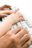 εκμάθηση να δακτυλογραφεί στοκ φωτογραφία με δικαίωμα ελεύθερης χρήσης