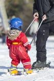 Εκμάθηση να κάνει σκι Στοκ Εικόνα
