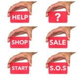 Εκμετάλλευση χεριών και παρουσίαση καρτών με τα μηνύματα κειμένου chlak Στοκ φωτογραφία με δικαίωμα ελεύθερης χρήσης