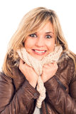 Εκστατική γυναίκα στο χειμερινό σακάκι Στοκ φωτογραφίες με δικαίωμα ελεύθερης χρήσης