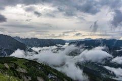 Εκτενές τοπίο βουνών στοκ φωτογραφίες με δικαίωμα ελεύθερης χρήσης