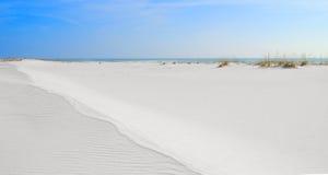εκτεταμένη άμμος αμμόλοφων Στοκ Εικόνες