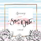 Εκτός από τις κάρτες ημερομηνίας, τη γαμήλια πρόσκληση με συρμένη τη χέρι εγγραφή, τα λουλούδια και τους κλάδους Στοκ φωτογραφίες με δικαίωμα ελεύθερης χρήσης