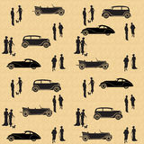 Εκλεκτής ποιότητας άνευ ραφής σχέδιο με τα αυτοκίνητα και τους ανθρώπους Στοκ εικόνα με δικαίωμα ελεύθερης χρήσης
