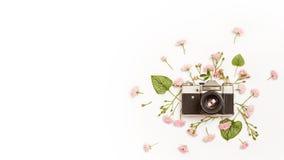 Εκλεκτής ποιότητας αναδρομική κάμερα φωτογραφιών με τη θέση για το κείμενο Στοκ φωτογραφίες με δικαίωμα ελεύθερης χρήσης
