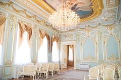 Εκλεκτής ποιότητας αναδρομικό εσωτερικό πολυτέλειας Παλάτι στην Άγιος-Πετρούπολη Στοκ Εικόνες