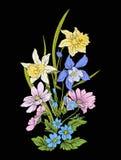 Εκλεκτής ποιότητας ανθοδέσμη λουλουδιών κεντητικής της παπαρούνας, daffodil, anemone, Στοκ Φωτογραφία