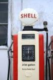 Εκλεκτής ποιότητας αντλία Αγγλία Tom Wurl αερίου της Shell Στοκ εικόνα με δικαίωμα ελεύθερης χρήσης