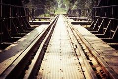 Εκλεκτής ποιότητας γέφυρα σιδηροδρόμου στοκ εικόνες