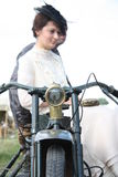 Εκλεκτής ποιότητας ζεύγος ύφους στη μοτοσικλέτα Στοκ Φωτογραφία