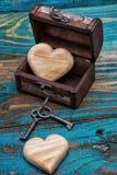 Εκλεκτής ποιότητας θωρακικές ξύλινες καρδιές μέσα Στοκ Εικόνα