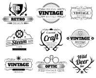 Εκλεκτής ποιότητας διανυσματικές λογότυπα και ετικέτες hipster που τίθενται με τα κέρατα ελαφιών απεικόνιση αποθεμάτων