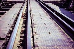 Εκλεκτής ποιότητας διαδρομές σιδηροδρόμου στοκ εικόνες