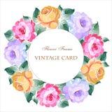 Εκλεκτής ποιότητας κάρτα με ένα στρογγυλό στεφάνι των τριαντάφυλλων Στοκ φωτογραφία με δικαίωμα ελεύθερης χρήσης