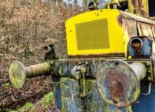 Εκλεκτής ποιότητας κίτρινη κινητήρια μπροστινή λεπτομέρεια Στοκ Φωτογραφία