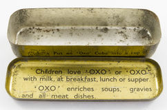 Εκλεκτής ποιότητας κασσίτερος για τους OXO κύβους bouillion Στοκ Εικόνα